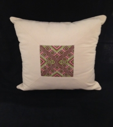 Embroided pillow case M